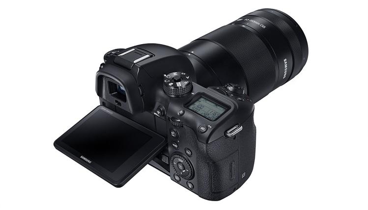 كاميرا سامسونج المتطورة XN 1
